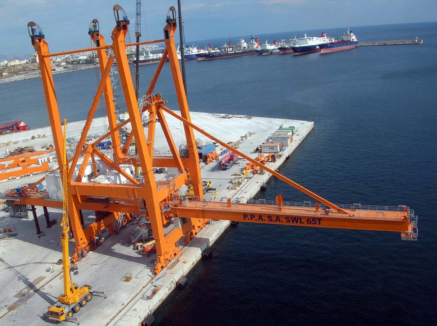 Erection of STS Cranes at Piraeus Port