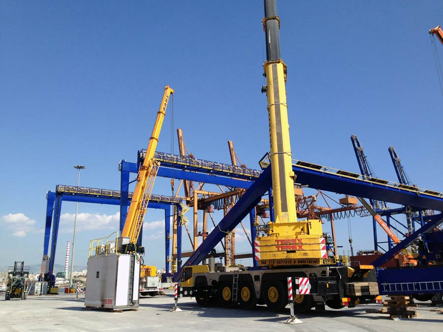 Complete electro-mechanical erection of thirty ERTG cranes at pier III of Piraeus Port